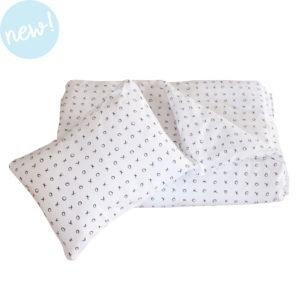 black xoxo duvet cover + pillowcase